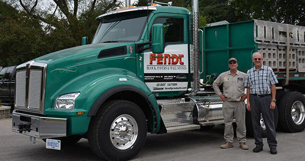 Fendt Builders Delivery