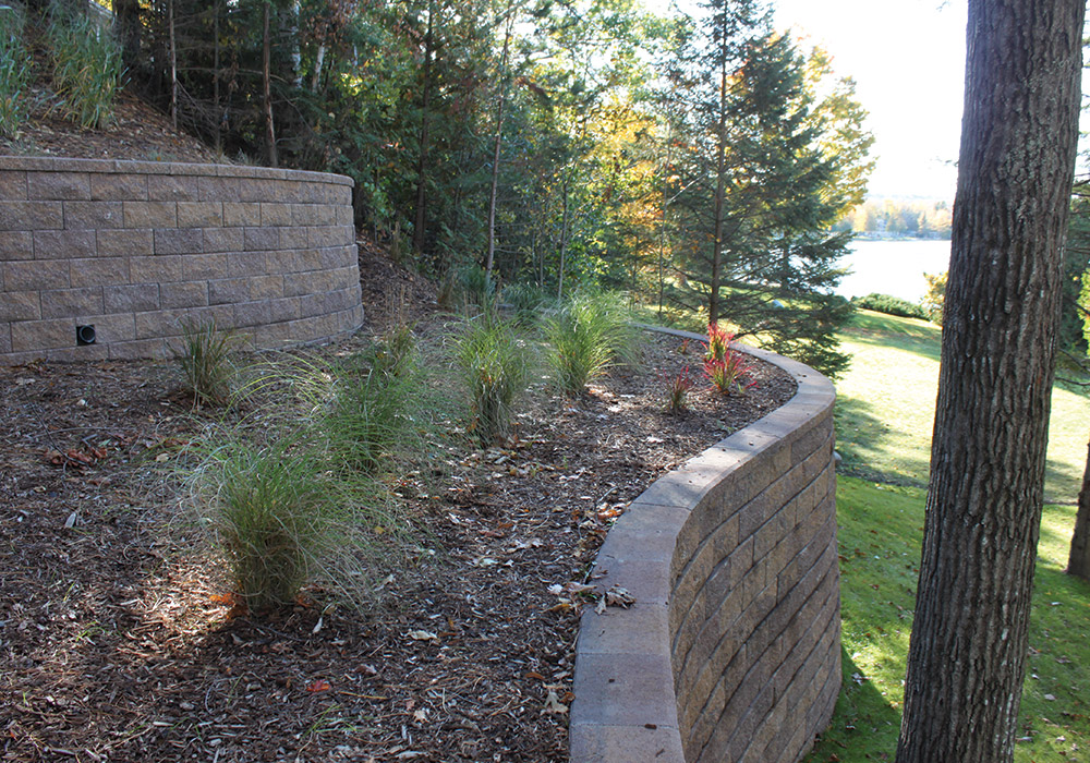 Made In Michigan >> Segmental Retaining Walls – Fendt Products